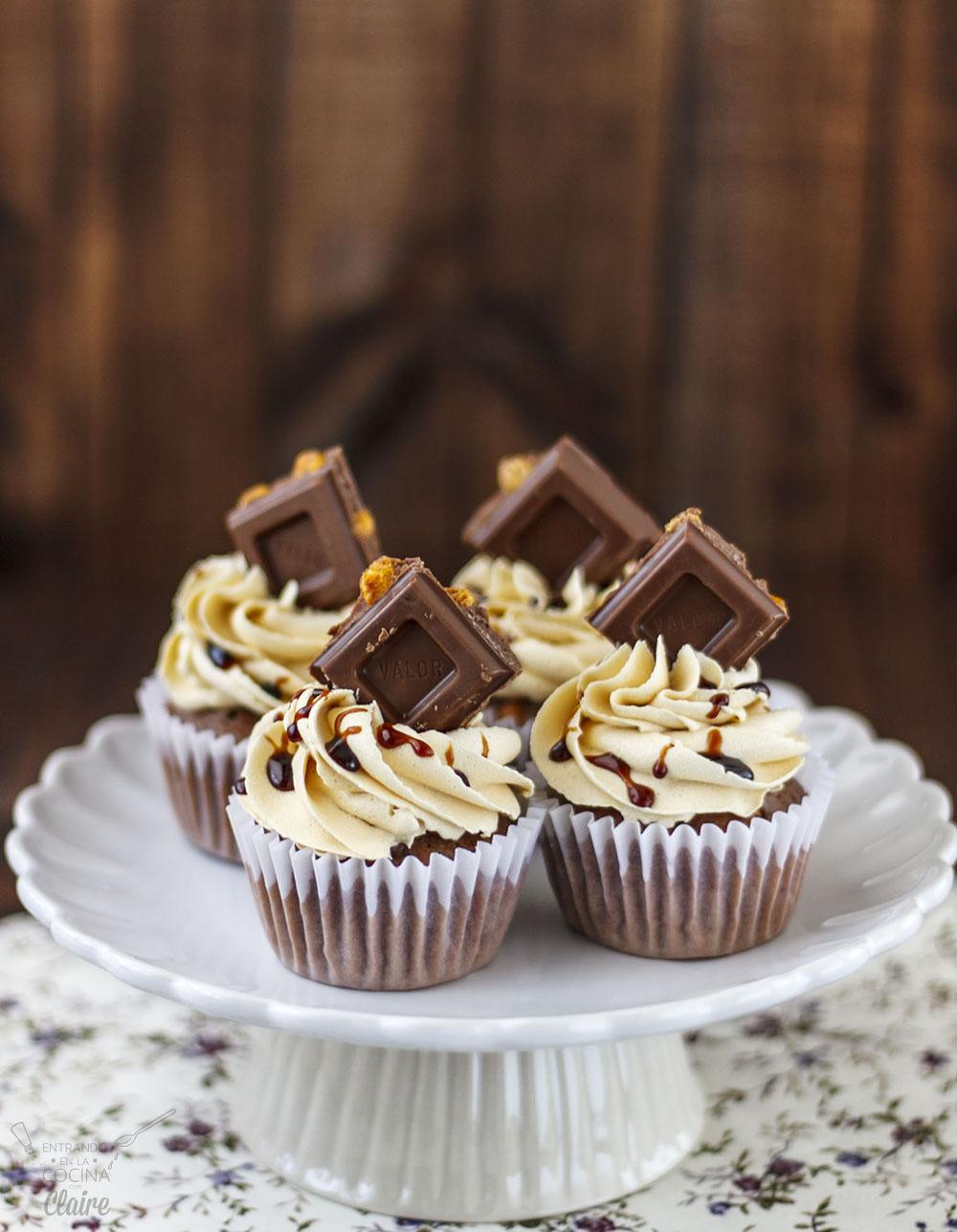 Cupcakes de Chocolate con Kikos 02