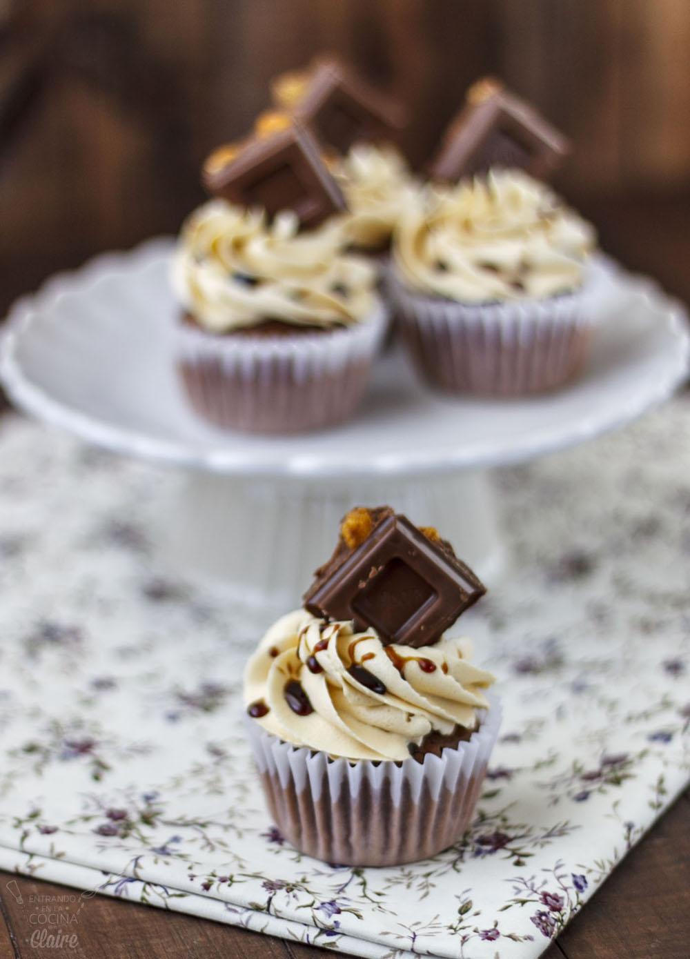 Cupcakes de Chocolate con Kikos 07